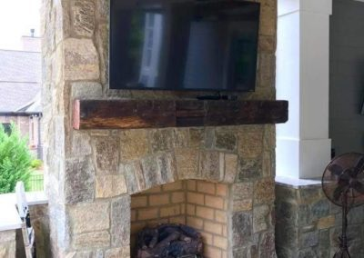 southern-greenscapes-river-district-fireplace